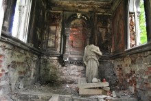 Novodevichy Cemetery SPB Russia (5)